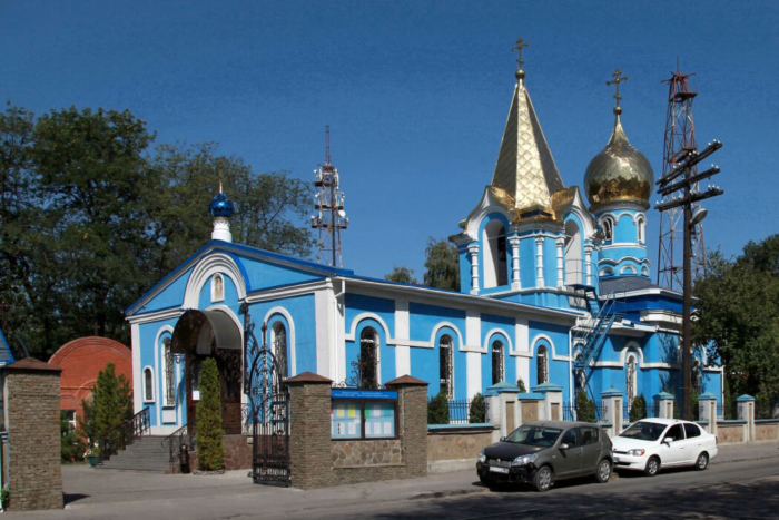tserkov-svyatoj-aleksandry-700x467