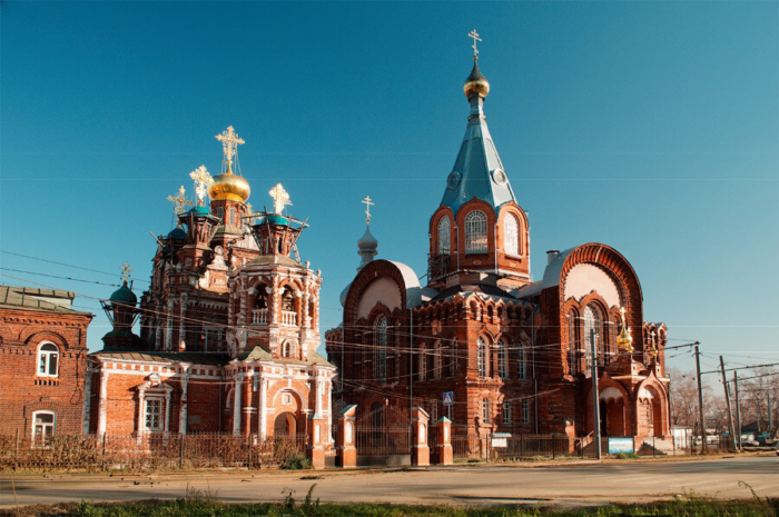 tserkvi-smolenskoj-i-vladimirskoj-ikon-bozhiej-materi-700x465