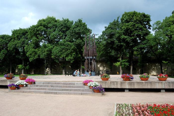 memorialnyy-kompleks-vechnyy-ogon-700x465