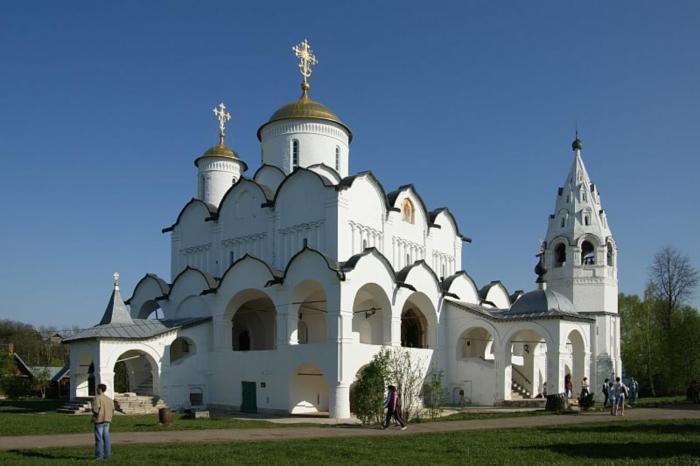 pokrovskiy-sobor-700x466