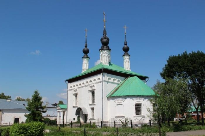 tsarekonstantinovskaya-tserkov-700x467