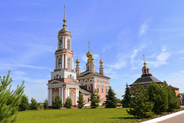 tserkov-mihaila-arhangela-700x466