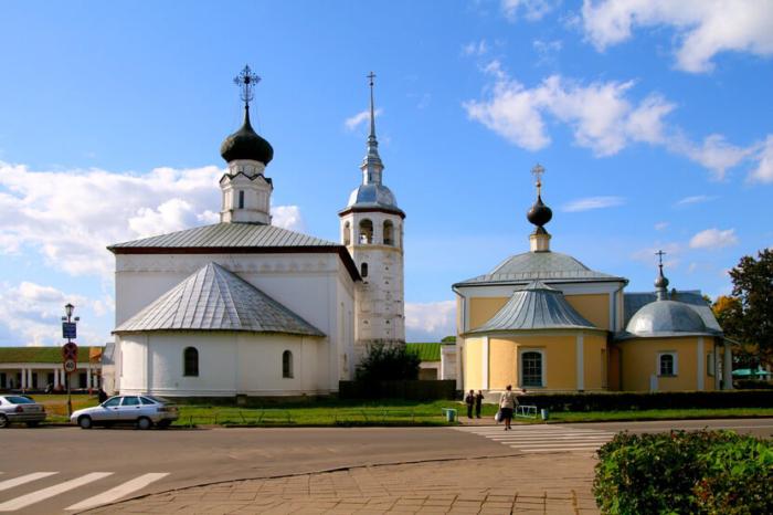 voskresenskaya-i-kazanskaya-tserkvi-700x466