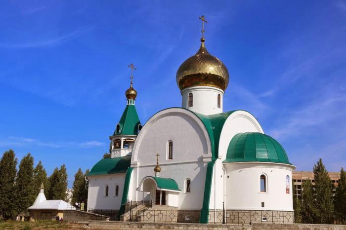 hram-andreya-pervozvannogo-1-700x466
