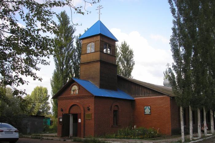 hram-andreya-pervozvannogo-700x467