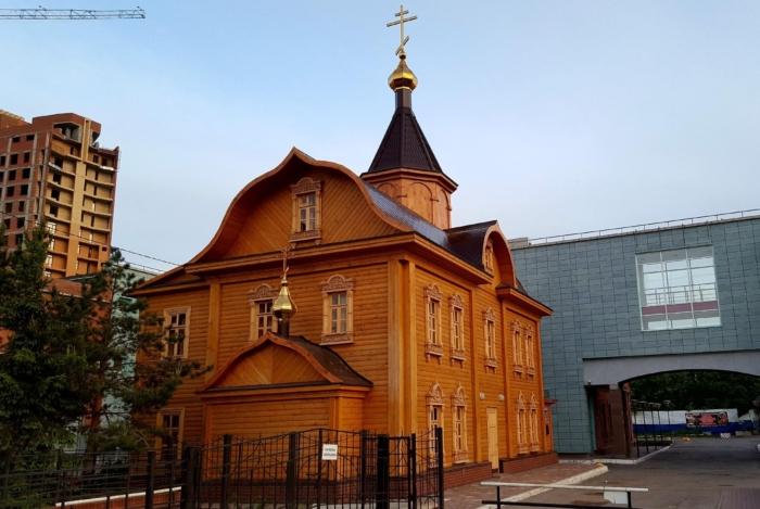 hram-svyatitelya-nikoly-700x469