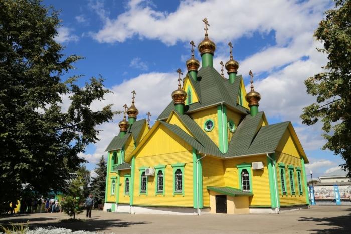 hram-vseh-svyatyh-1-700x466