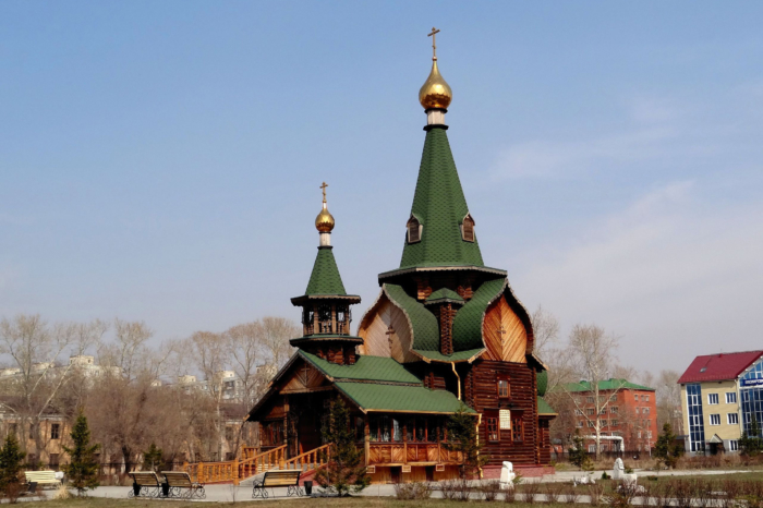 hram-vseh-svyatyh-700x466
