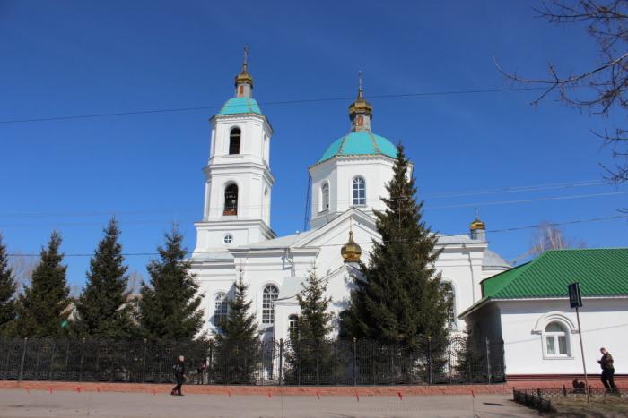 krestovozdvizhenskii-sobor-700x467
