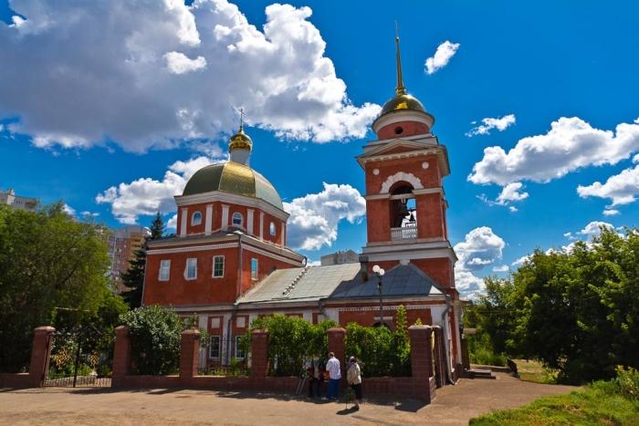 pokrovskii-hram-700x467