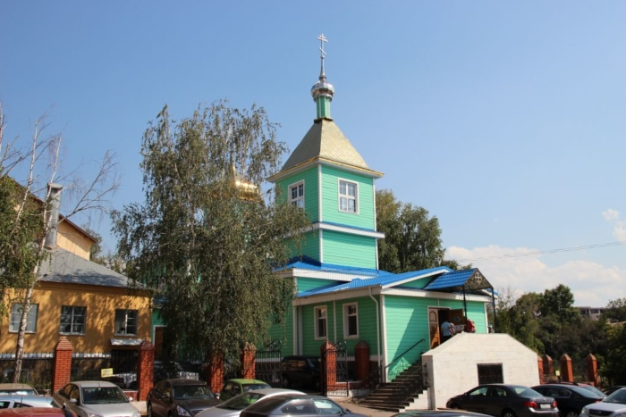 svyato-sergievskii-sobor-700x467