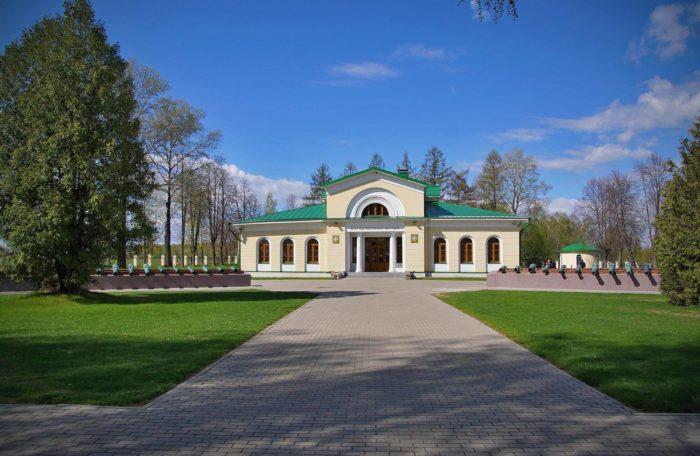 borodinskii-voenno-istoricheskii-muzei-zapovednik-700x456