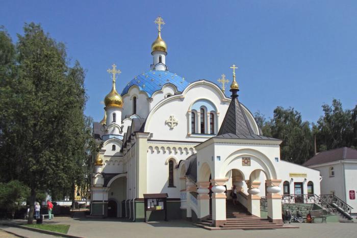 derzhavnaya-tserkov-700x467