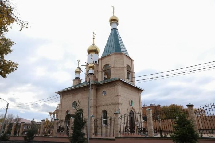 hram-dmitriya-donskogo-700x466