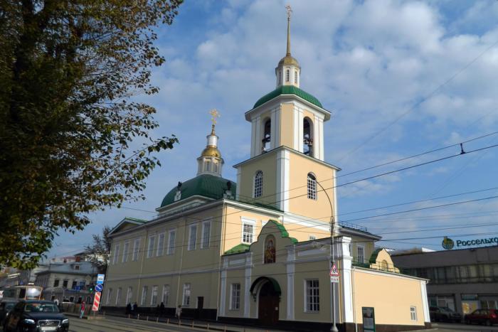 hram-rozhdestva-presvyatoi-bogoroditsy-700x467