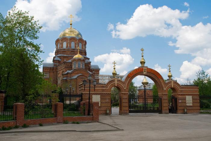 hram-sergiya-radonezhskogo-1-700x468