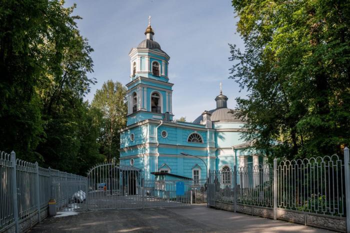 hram-vseh-svyatyh-1-700x467