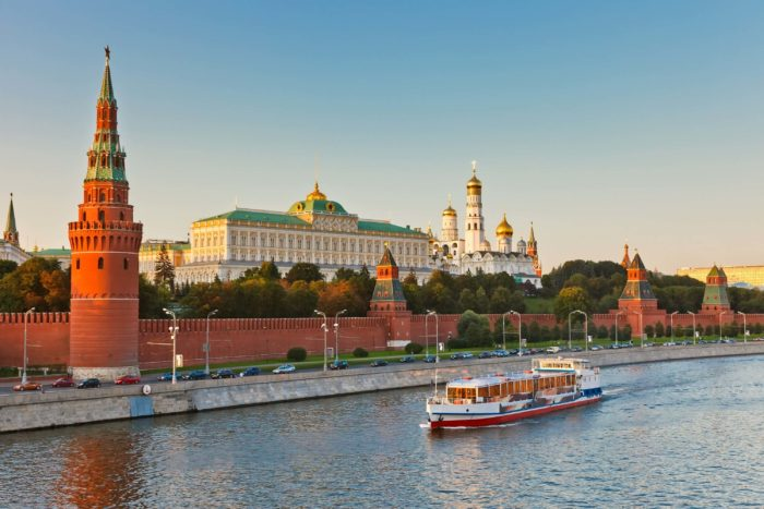 moskovskii-kreml-700x467