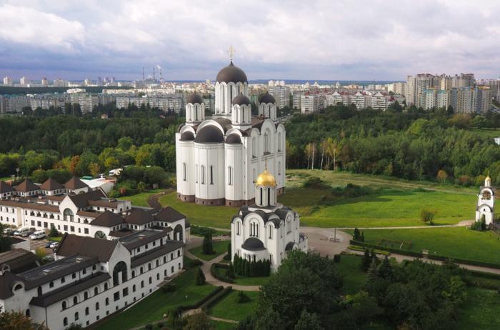 skorbyaschenskaya-tserkov-1-700x462