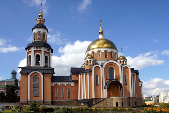 smolenskaya-tserkov-700x467