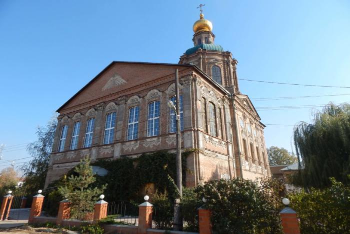 svyato-voznesenskii-hram-700x467