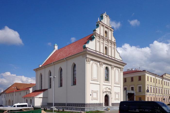 tserkov-svyatogo-duha-700x467