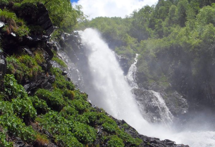 chuchhurskie-vodopady-700x480