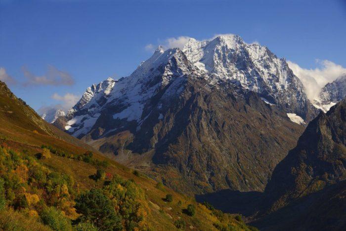 gora-dombay-ulgen-700x467