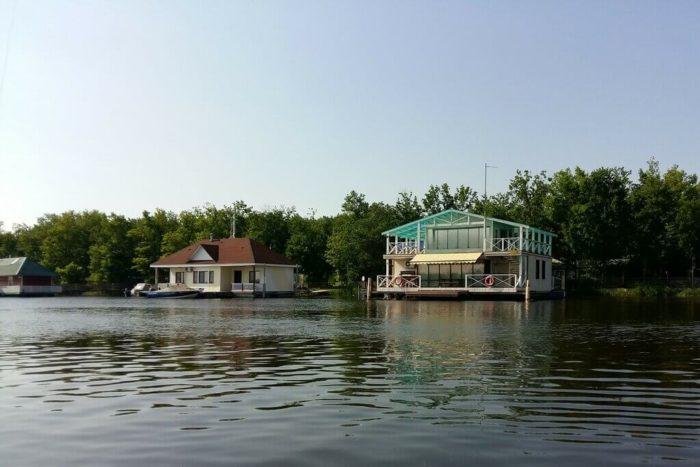 rybolovno-turisticheskaya-baza-dubrava-700x467