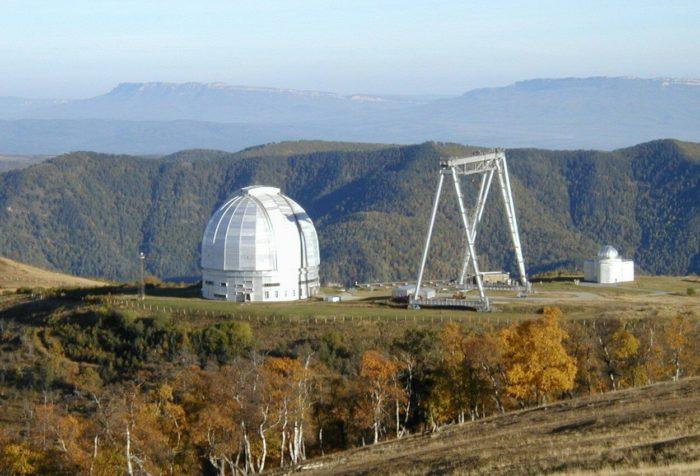 bolshoy-teleskop-azimutalnyy-700x476