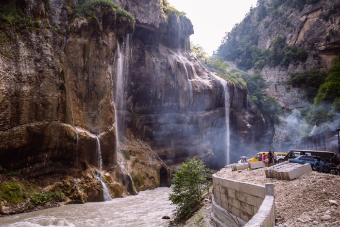 chegemskie-vodopady-700x467