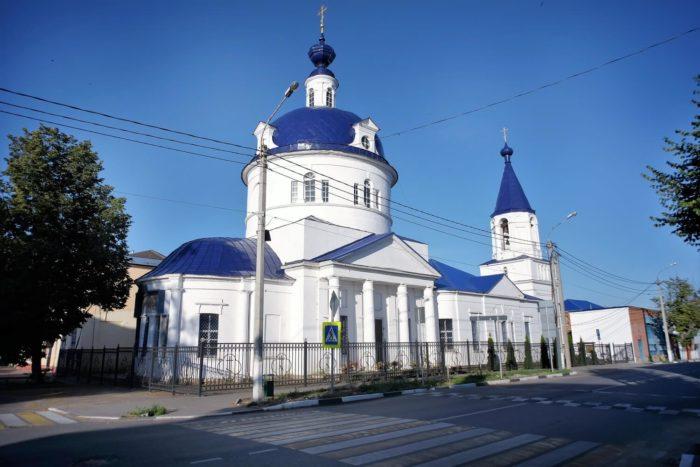 ilinskiy-hram-700x467