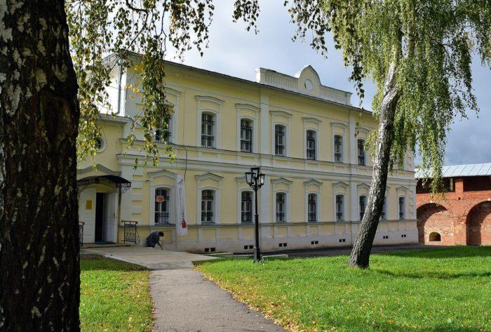 muzey-zarayskiy-kreml-700x473