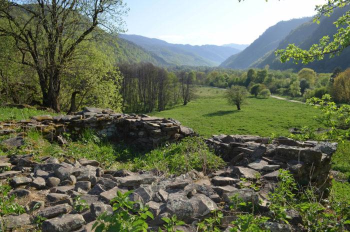 nizhne-arhyzskoe-gorodische-700x464