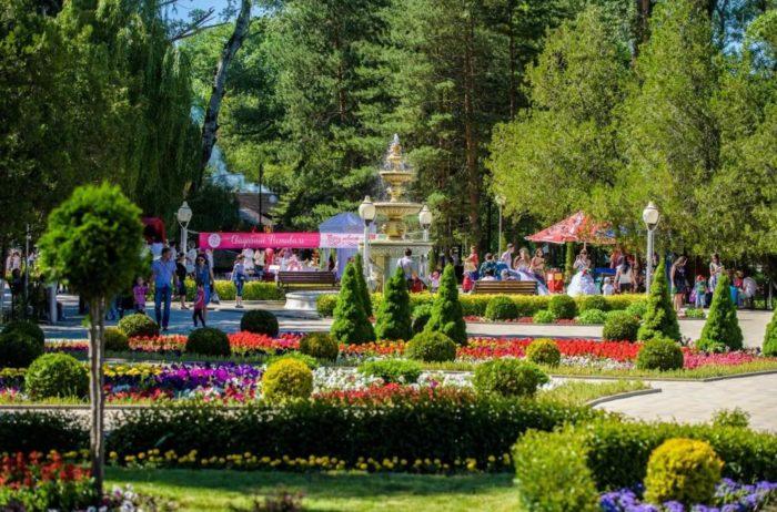 park-kultury-i-otdyha-zelenyy-ostrov-700x462