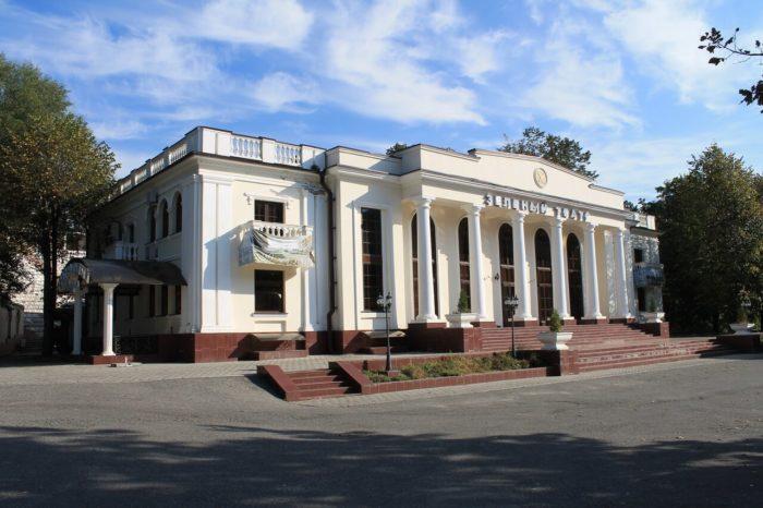 zelenyy-teatr-700x466
