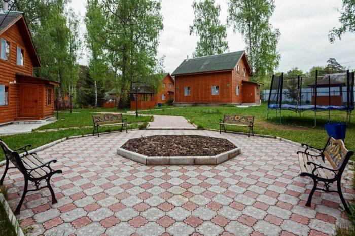 baza-otdyha-berezovaya-roscha-700x466