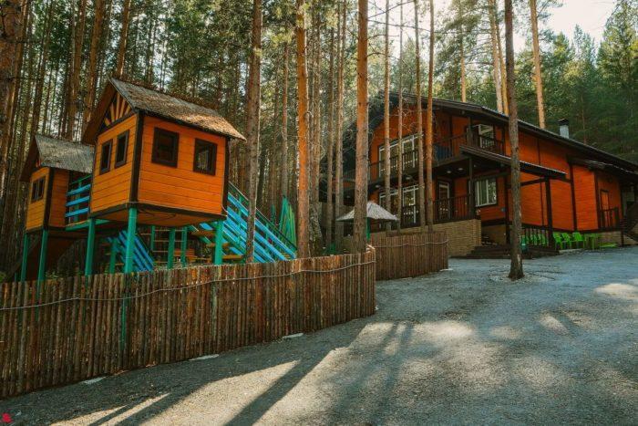 baza-otdyha-zelenaya-gorka-700x467