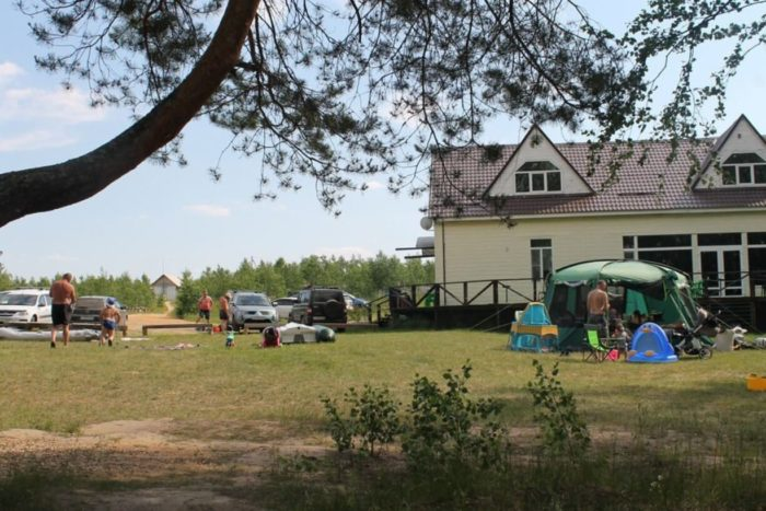 gostevoy-dom-dubrava-700x467