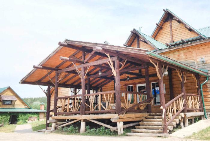 gostinichnyy-kompleks-zhukova-gora-700x469