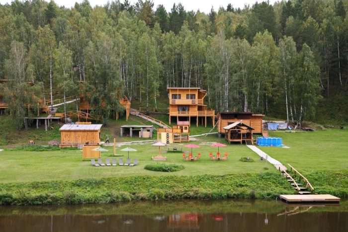 park-otel-rovesnik-700x467