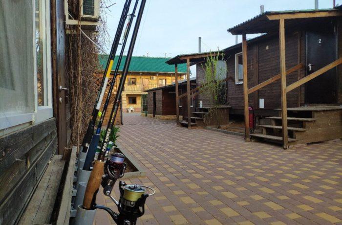 rybolovno-ohotnichya-baza-apachi-700x460