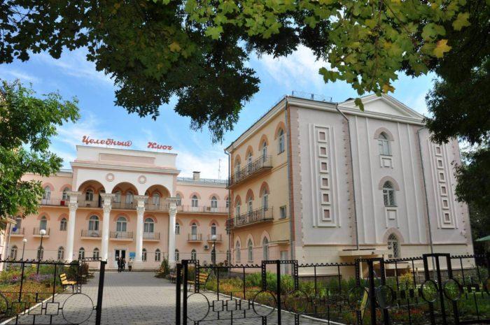 sanatoriy-tselebnyy-klyuch-700x465