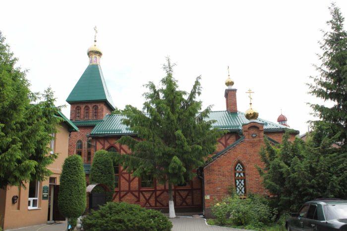 tserkov-andreya-pervozvannogo-700x467