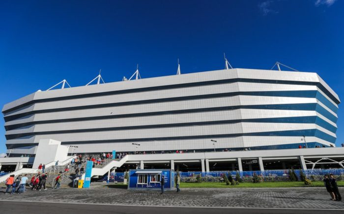 futbolnyy-stadion-kaliningrad-700x435