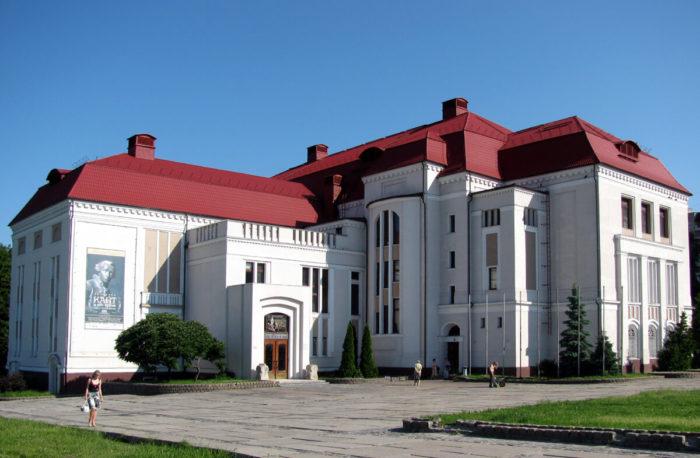 kaliningradskiy-istoriko-hudozhestvennyy-muzey-700x458