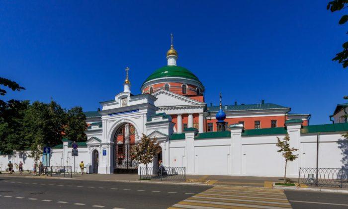 kazanskiy-bogoroditskiy-monastyr-700x421
