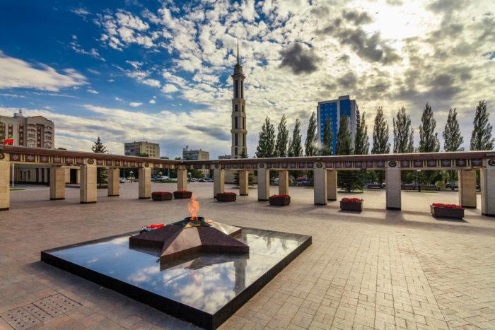 memorialnyy-park-pobedy-700x467