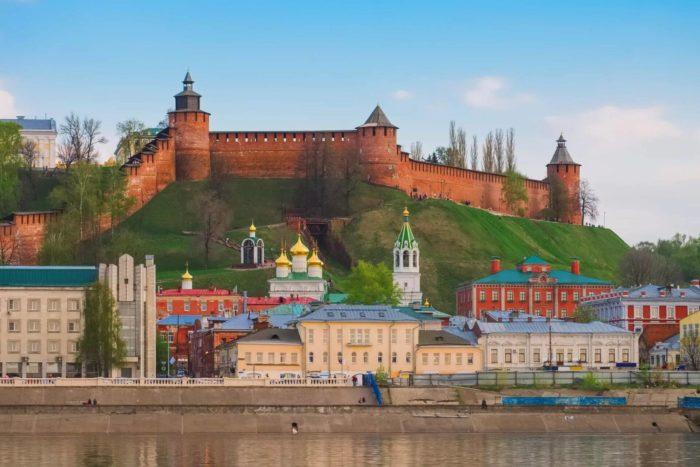 nizhegorodskiy-kreml-700x467