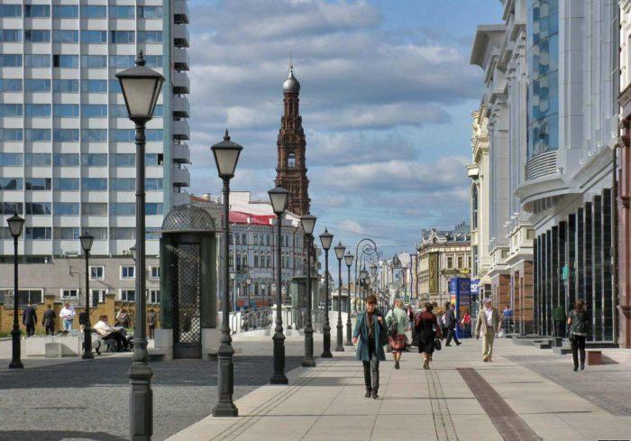 peterburgskaya-ulitsa-700x489